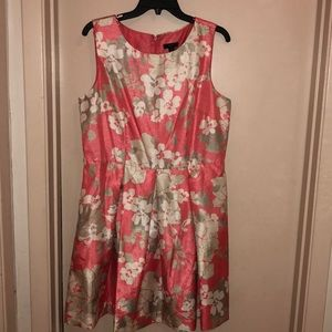 Floral salmon mid length dress 50s.